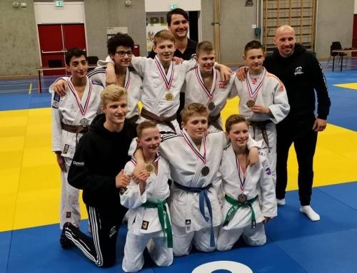 Tien judoka's geplaatst voor het NK -15 jaar!